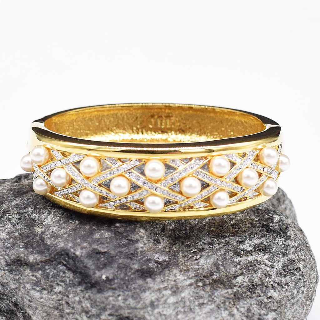 NEW Camrose & Kross Jacqueline Kennedy Pearl Bangle Bracelet