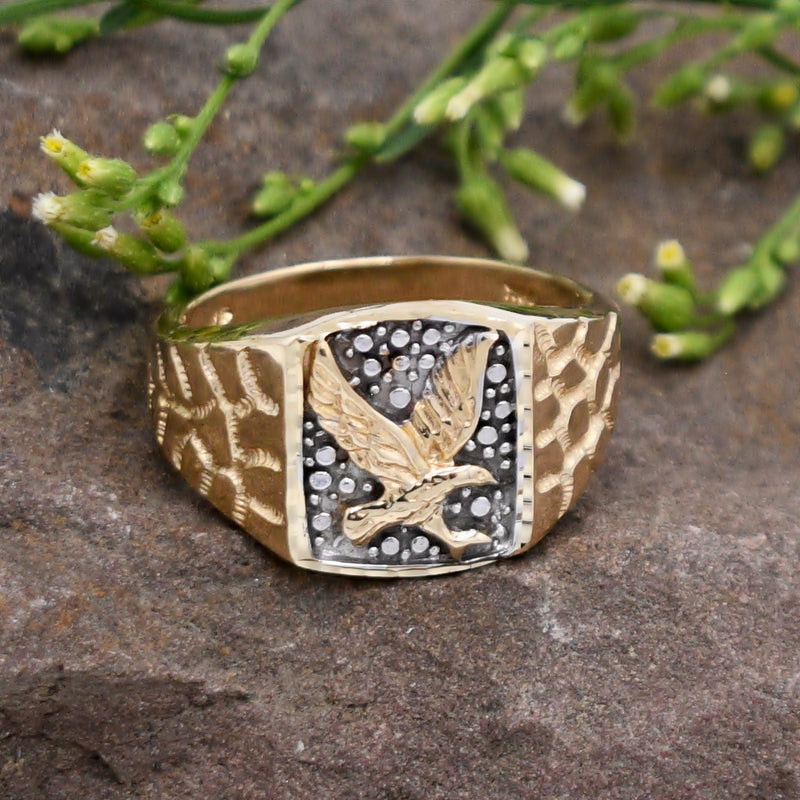 10k Yellow & White Gold Textured Eagle Animal Ring Size 11.75