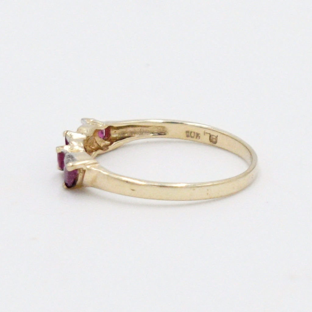 10k Yellow Gold Estate Swirl Ruby & Diamond Ring Size 8