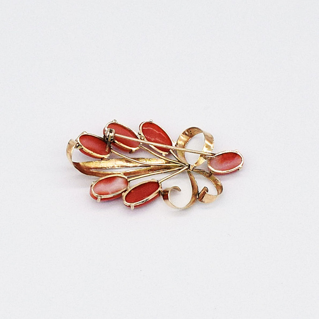 18k Yellow Gold Vintage Red Coral Leaf Scroll Brooch