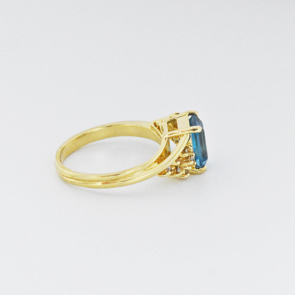 14k Yellow Gold Estate Blue Topaz & Diamond Ring Size 7