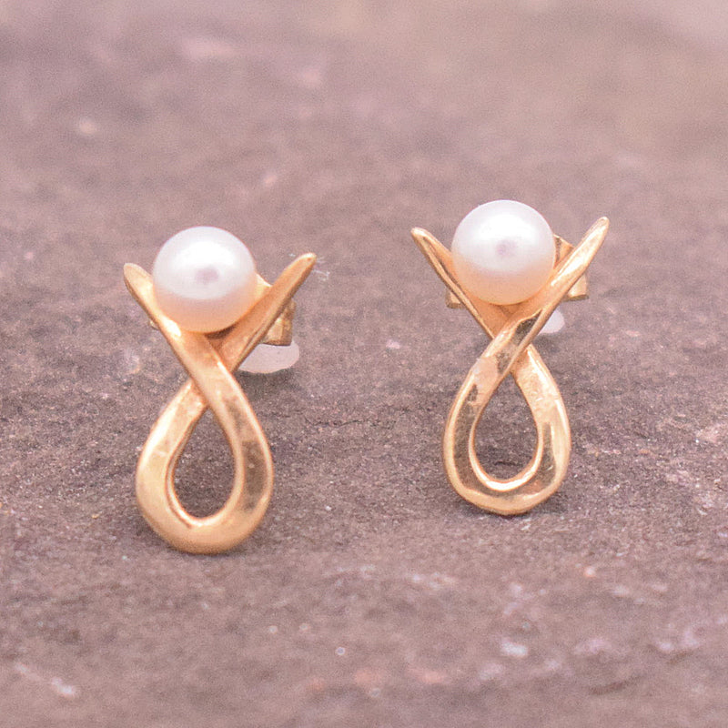 14k YG Breast Cancer Pearl Post Earrings