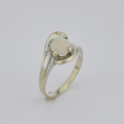 14k White Gold Estate Fire Opal Ring Size 5