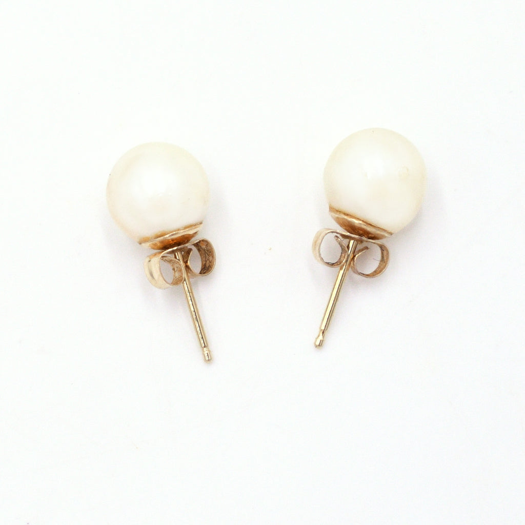 14k Yellow Gold Estate Pearl 8.1 mm Post Earrings