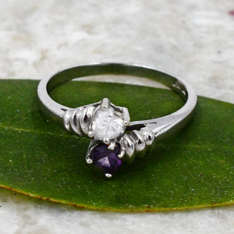 10k White Gold Estate Amethyst & CZ Gemstone Heart Ring Size 8