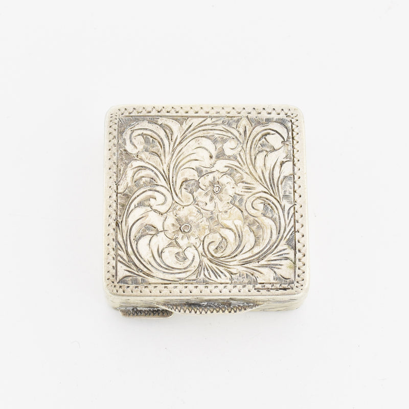 800 Silver Antique Square Carved Flower Leaf Motif Pill Box