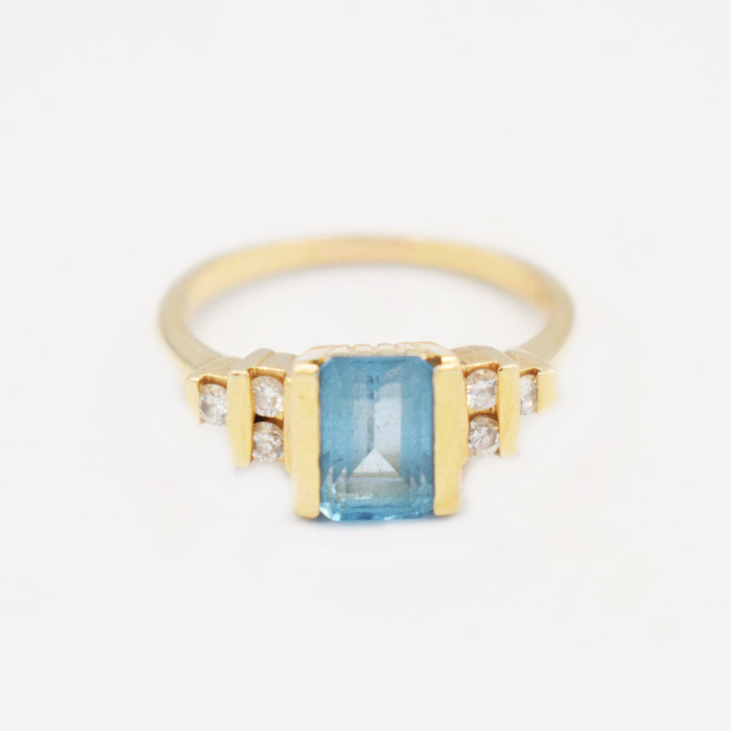 14k Yellow Gold Blue Topaz & Diamond 0.18 tcw Tier Ring Size 7.75