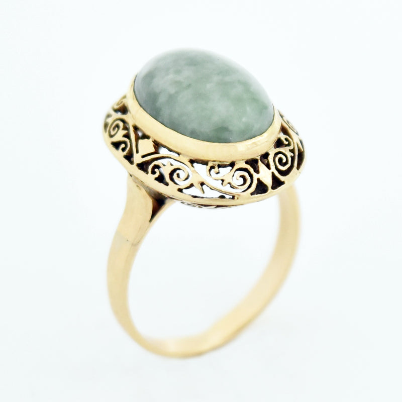18k Yellow Gold Ornate Filigree Jade Ring Size 7.5