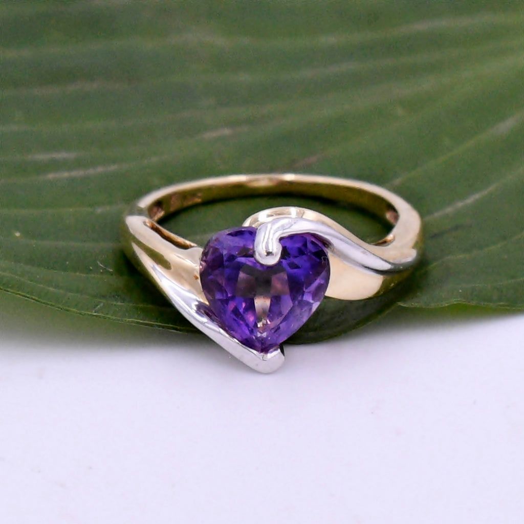 10k Yellow & White Gold Estate Wrap Amethyst Heart Ring Size 5