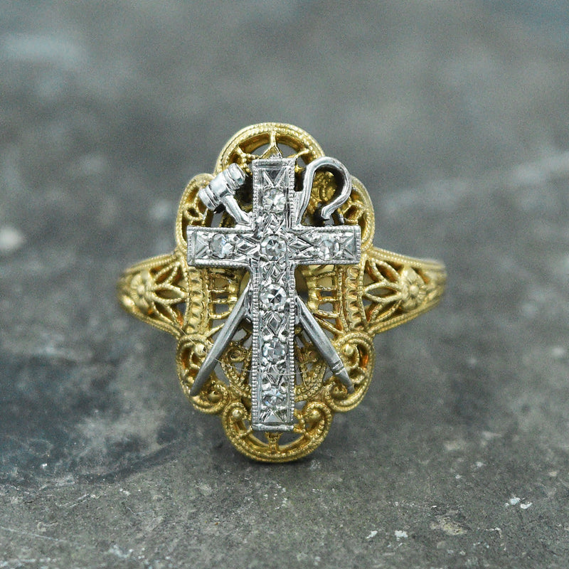 14k Y&W Gold Filigree Diamond Cross/Staff/Hammer Ring Size 5.75