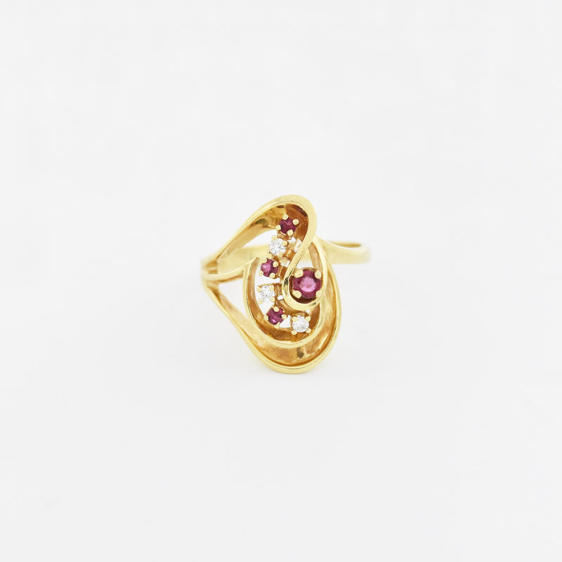 14k Yellow Gold Estate Open Swirl Ruby & Diamond Ring Size 9