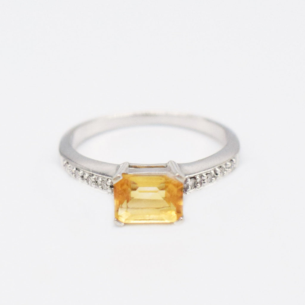 14k WG Citrine & Diamond 0.04 tcw Ring Size 7
