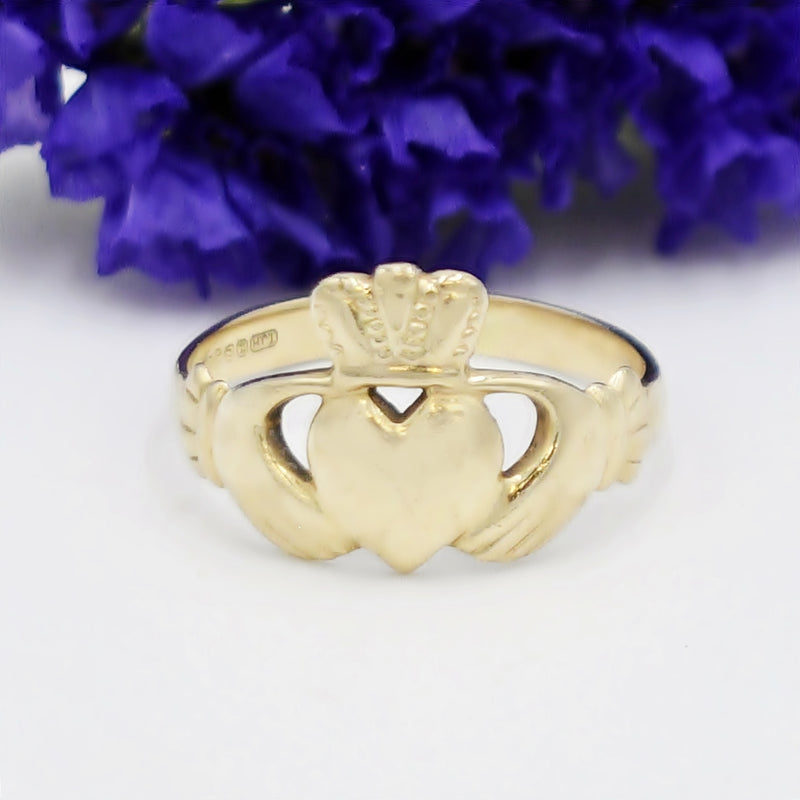 14k Yellow Gold Estate Claddaugh/Celtic Irish Pride Ring Size 7.25