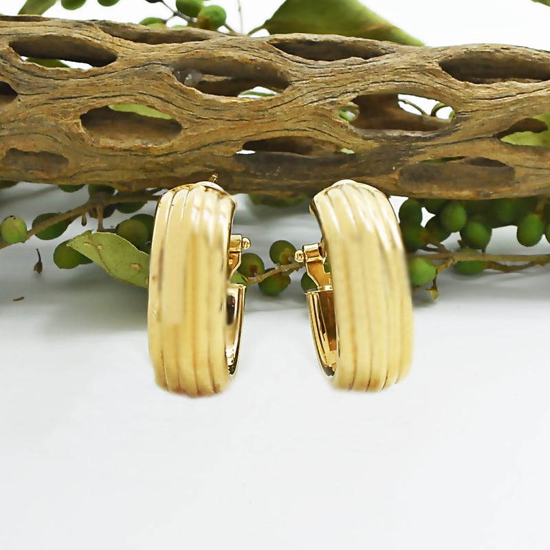 14k Yellow Gold Estate Ribbed Omega Back Hoop Earrings