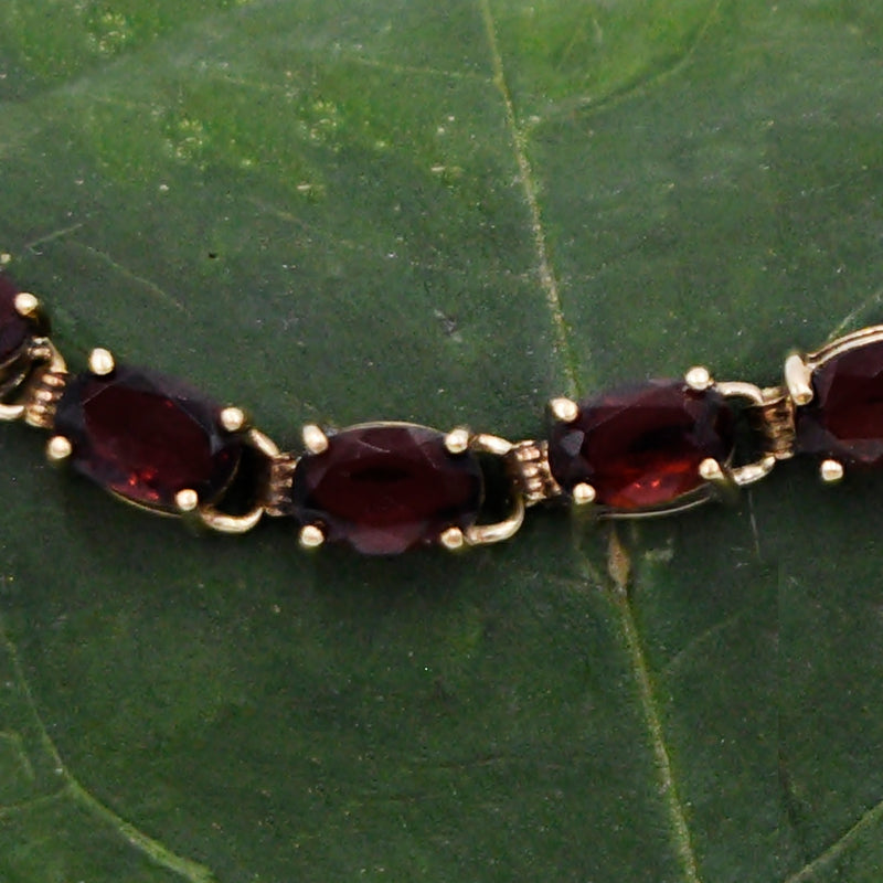 "14k Yellow Gold Estate Garnet Gemstone Link Bracelet 7 1/4"" Long"