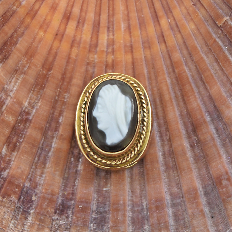 14k Yellow Gold Antique Cameo Slide