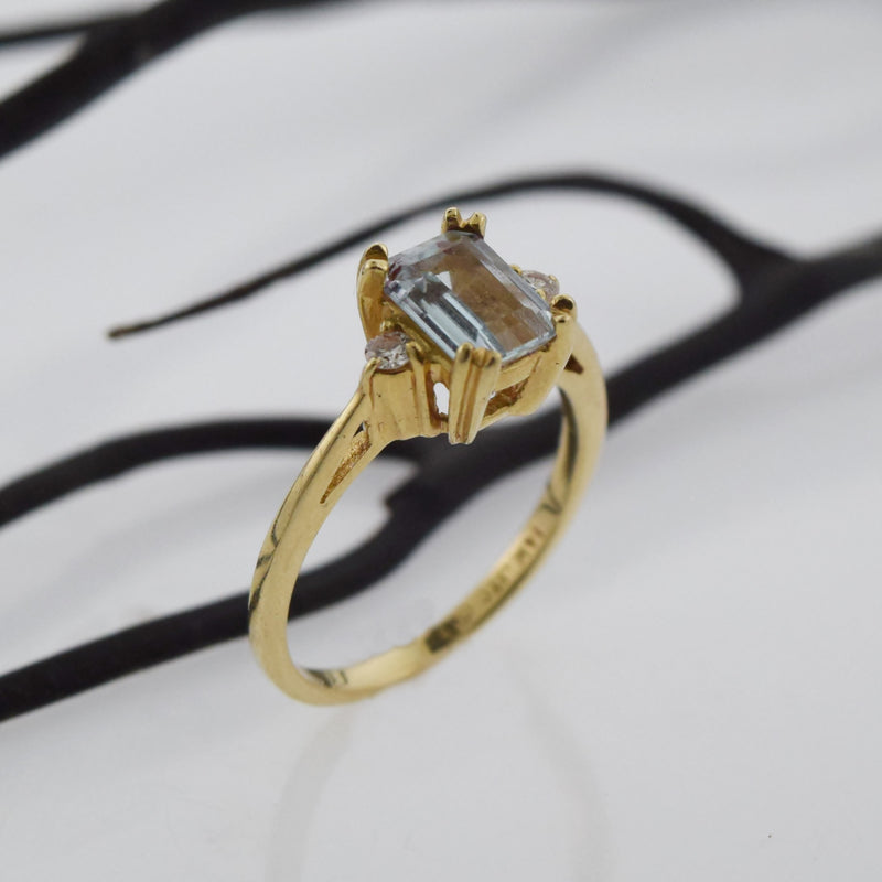14k Yellow Gold Estate Aquamarine & Diamond Ring Size 5.50