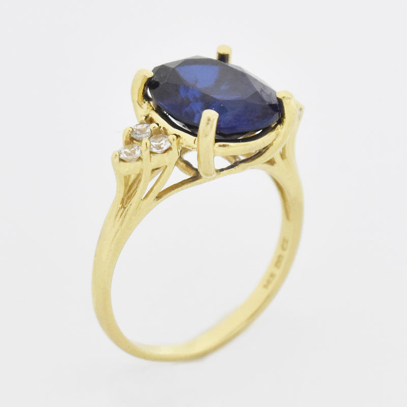 14k Yellow Gold Estate Oval Sapphire & CZ Ring Size 8.25