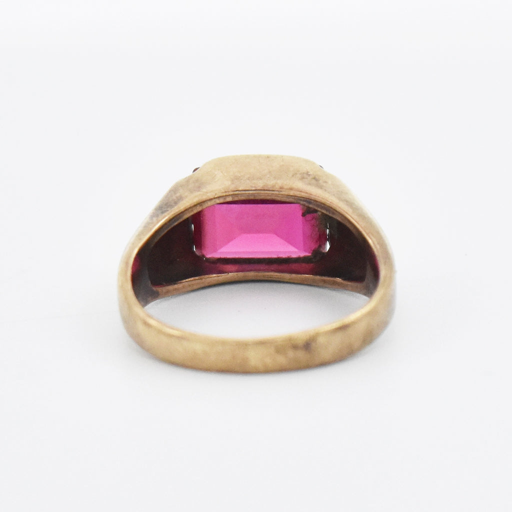 10k Yellow Gold Vintage Ruby Ring Size 7