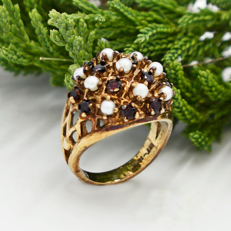 10k Yellow Gold Vintage Garnet & Pearl Cocktail Ring Size 6.25