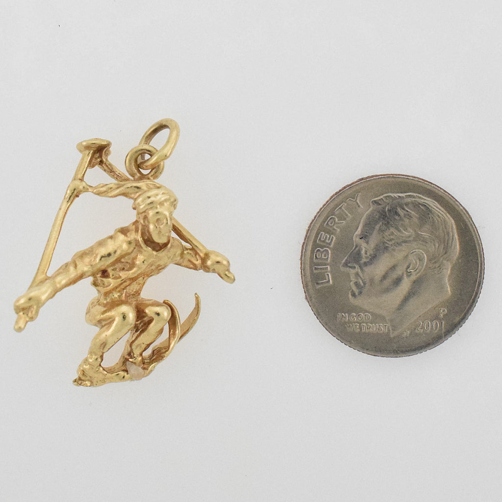 14k Yellow Gold Estate Carved Sport Down Hill Skier Pendant/Charm