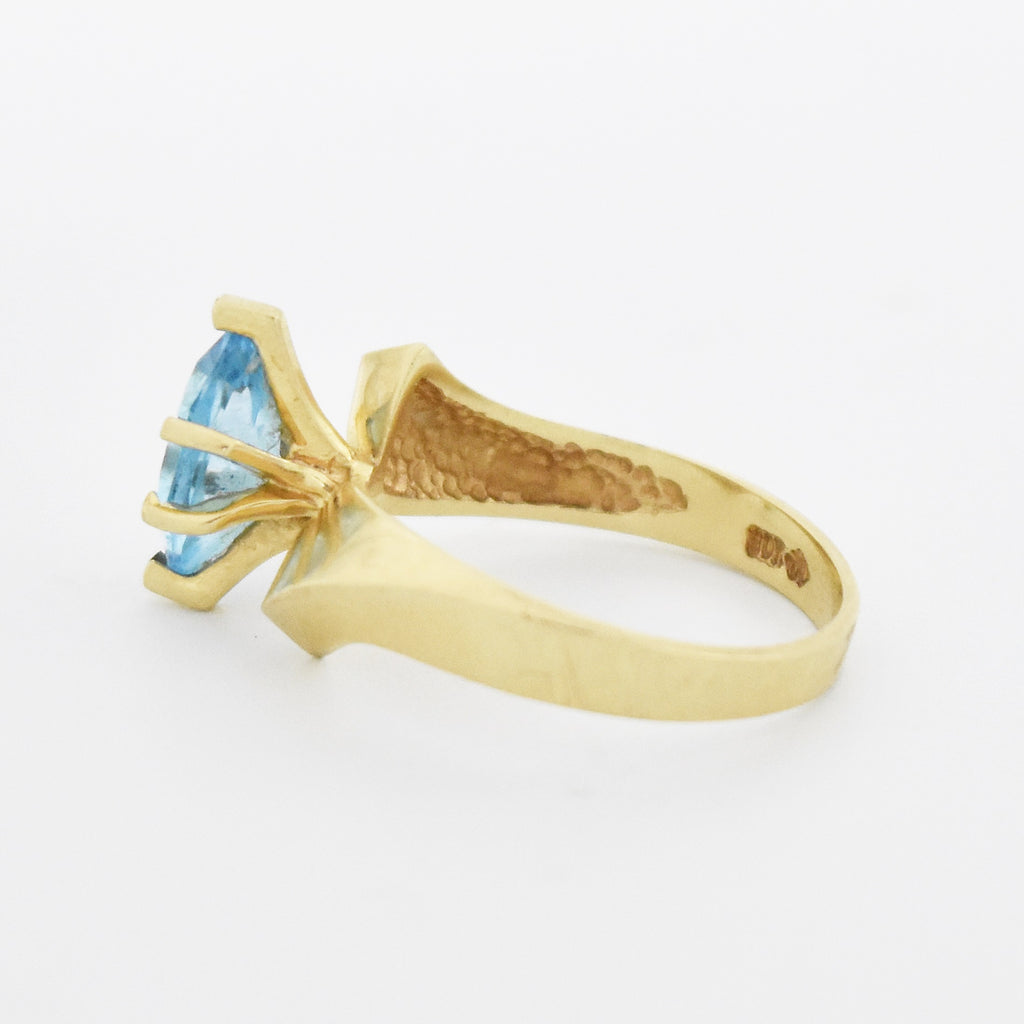 10k Yellow Gold Vintage Swirl Blue Topaz Solitaire Ring Size 7.25