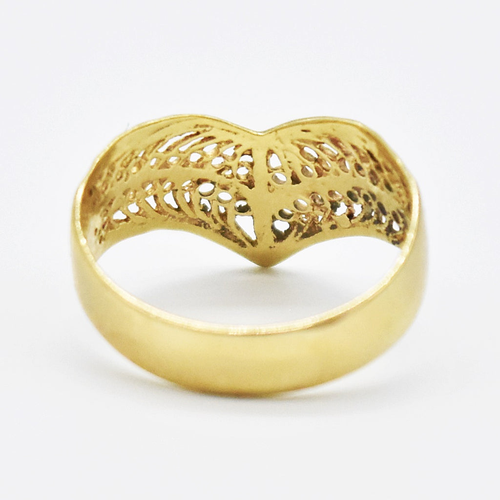 10k Yellow Gold Estate Filigree V Ring Size 8