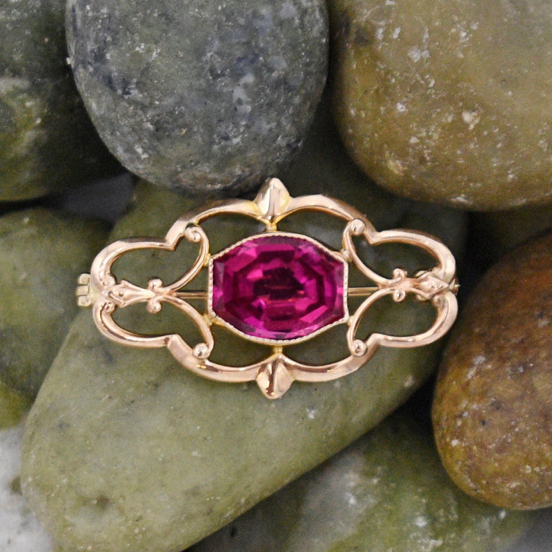 10k Yellow Gold Estate Open Work Ruby Gemstone Brooch/Pin