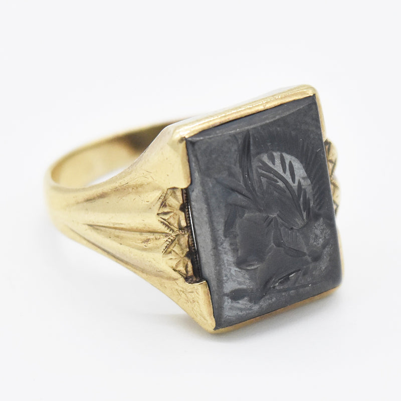 10k YG Antique Hematite Carved Soldier Cameo Ring Size 10.25
