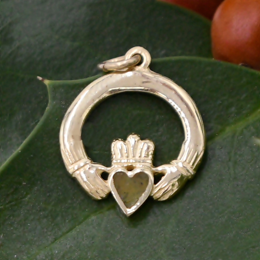 10k Yellow Gold Estate Claddagh/Celtic Irish Pride Pendant