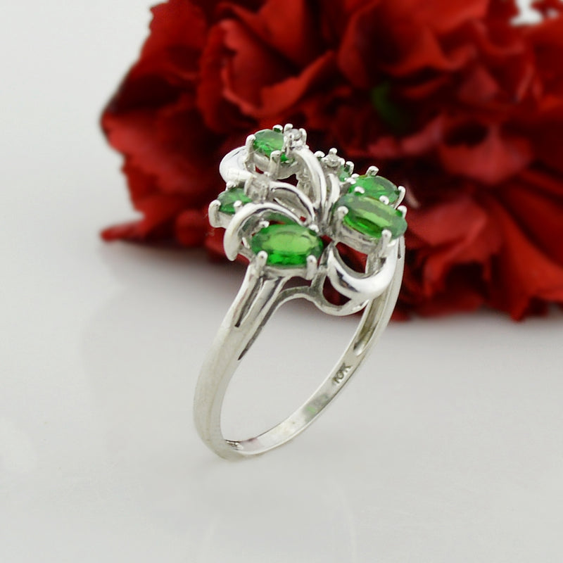 10k White Gold Estate Green Quartz & Diamond Cluster Ring Size 8