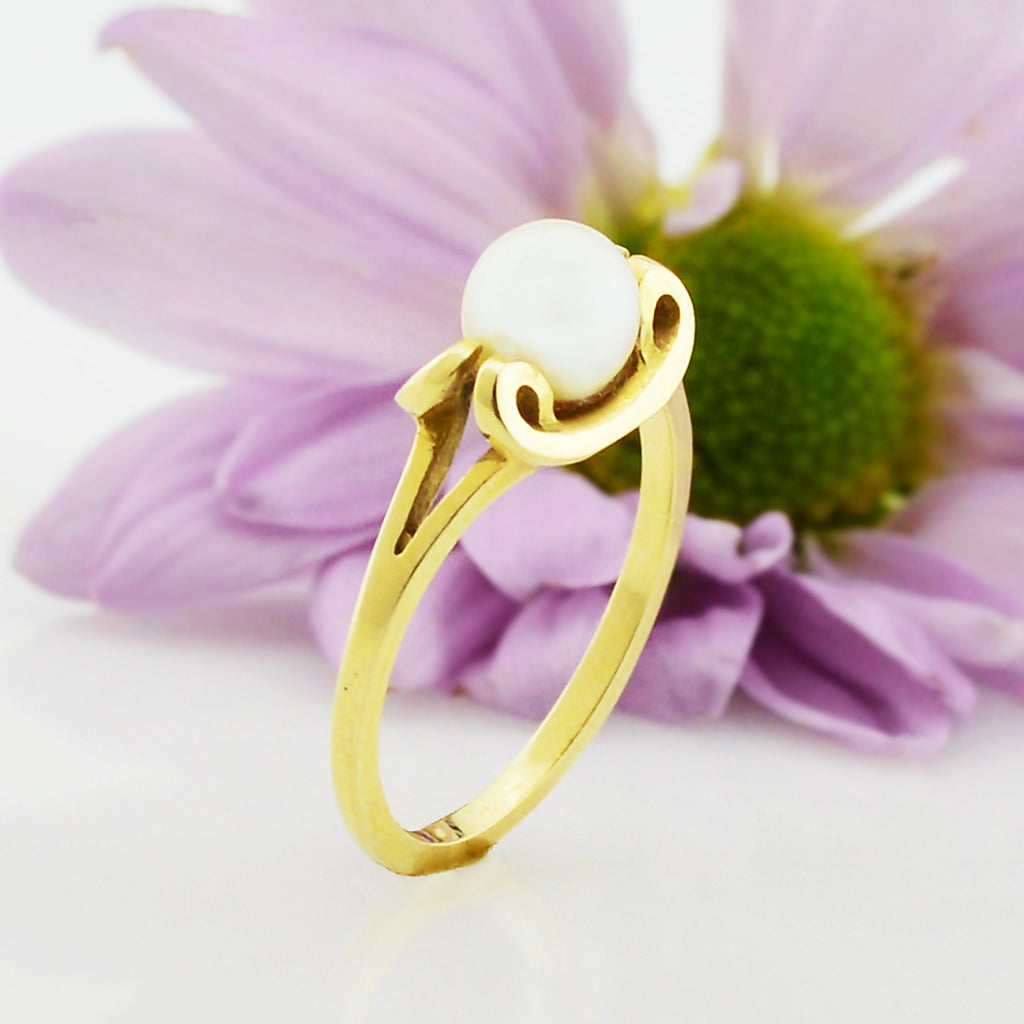 14k Yellow Gold Estate Pearl Ring Size 6.25