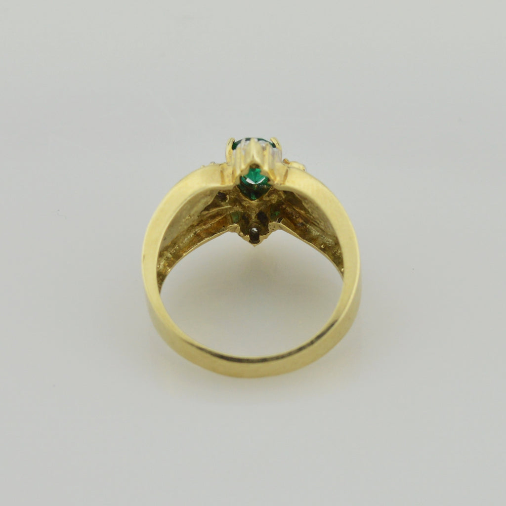 10k Yellow Gold Pear Green Spinel & Diamond Star Ring Size 6.75