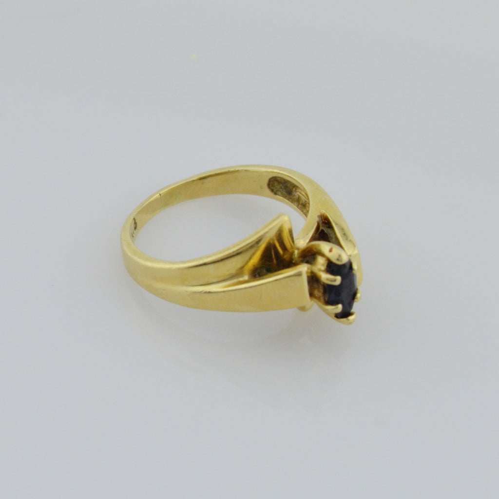 14k Yellow Gold Estate Sapphire Solitaire Ring Size 6