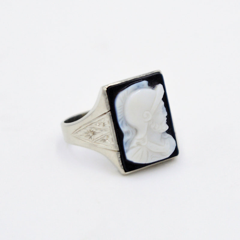 14k White Gold Antique Black & White Soldier Cameo Ring Size 9.5