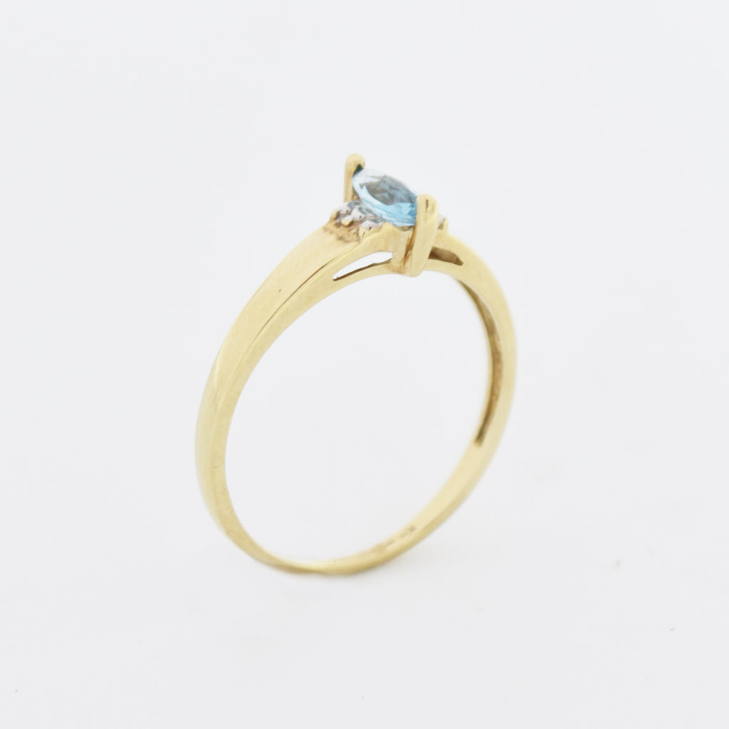 10k Yellow Gold Estate Blue Topaz Solitaire Ring Size 7