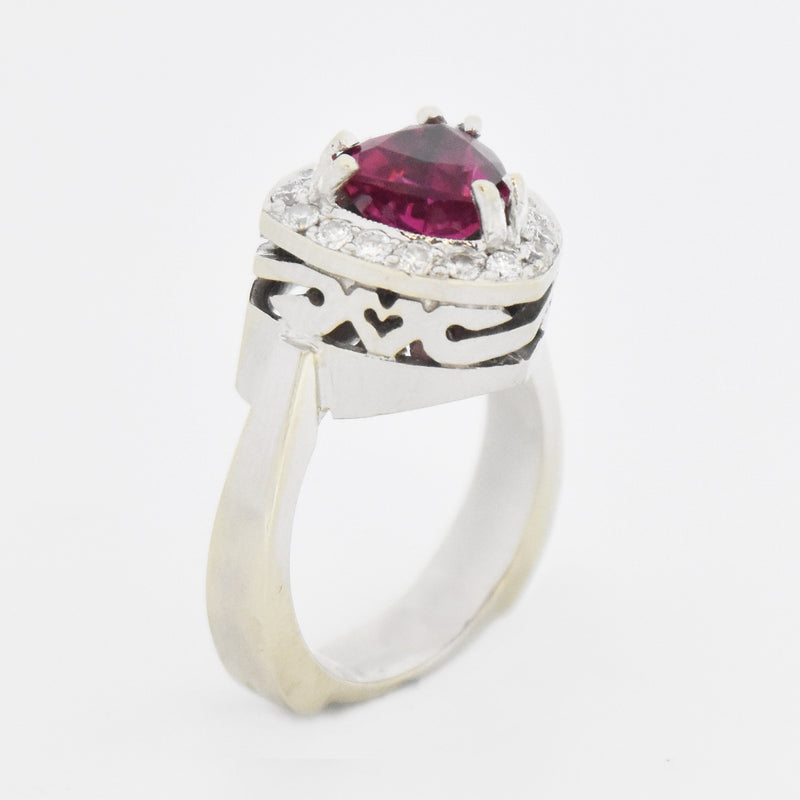 14k White Gold Estate Trillion Cut Garnet & Diamond Ring Size 7