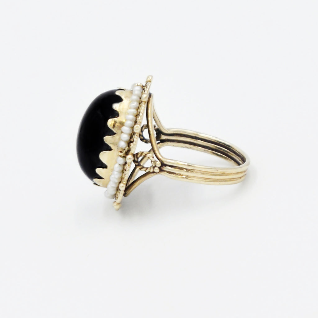 14k Yellow Gold Filigree Black Onyx & Seed Pearl Ring Size 8.25