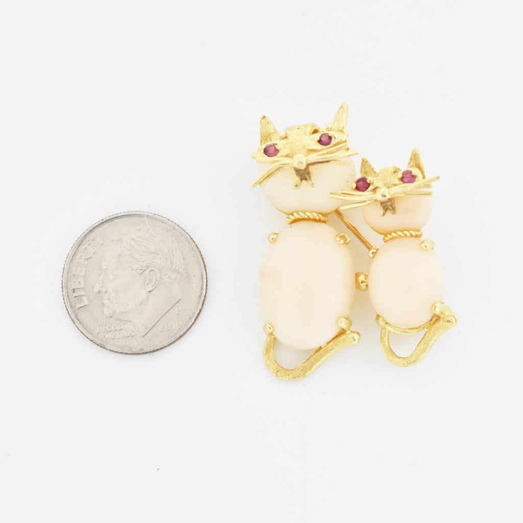 14k Yellow Gold Estate Double Cat/Kitten Ruby Eyes Pink Coral Pin