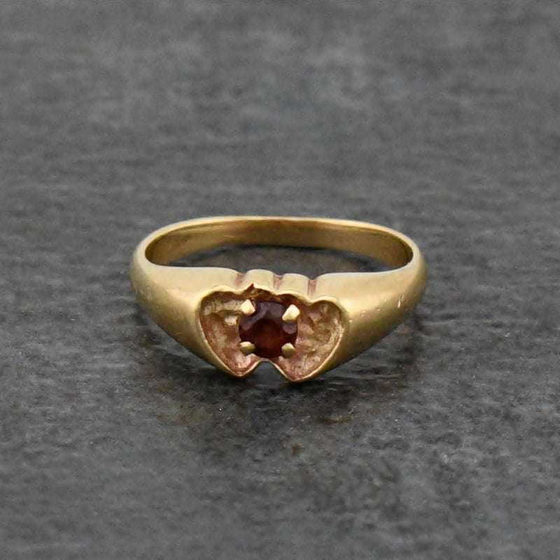 10k Yellow Gold Estate Double/Dual Heart Garnet Ring Size 3