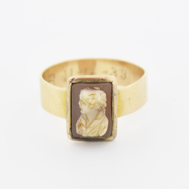 14k Yellow Gold Antique Square Cameo Ring Size 8