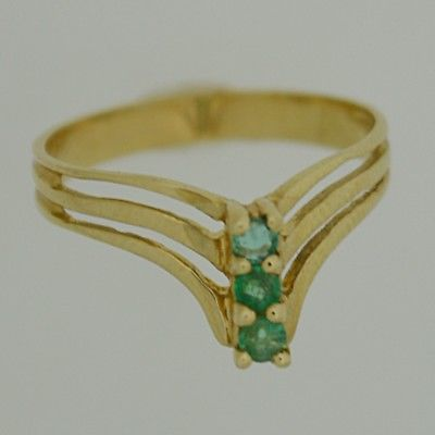 14k Yellow Gold Estate Emerald 3/Three Tier Ring Size 4.75