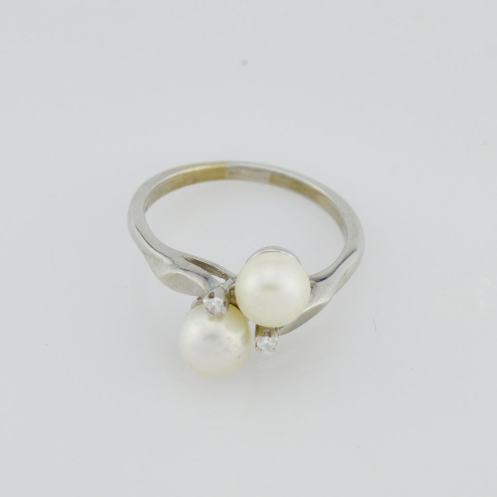 14k White Gold 6.1 mm Pearl & Diamond Multistone Ring Size 7