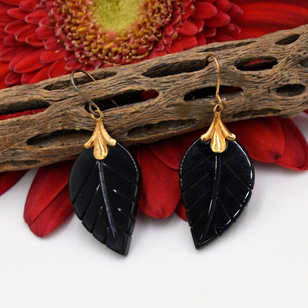 10k Yellow Gold Estate Carved Black Jet Leaf Drop/Dangle Earrings