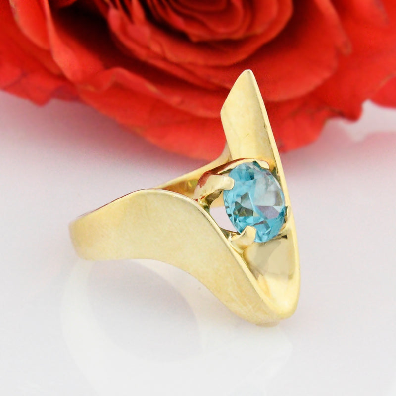 14k Yellow Gold Estate Mid Century Modern Blue Topaz Ring Size 6