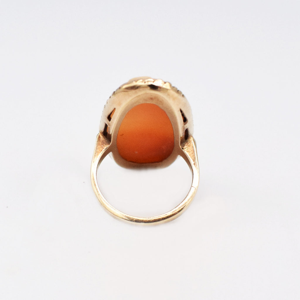 10k YG Vintage Oval Cameo Ring Size 5.5
