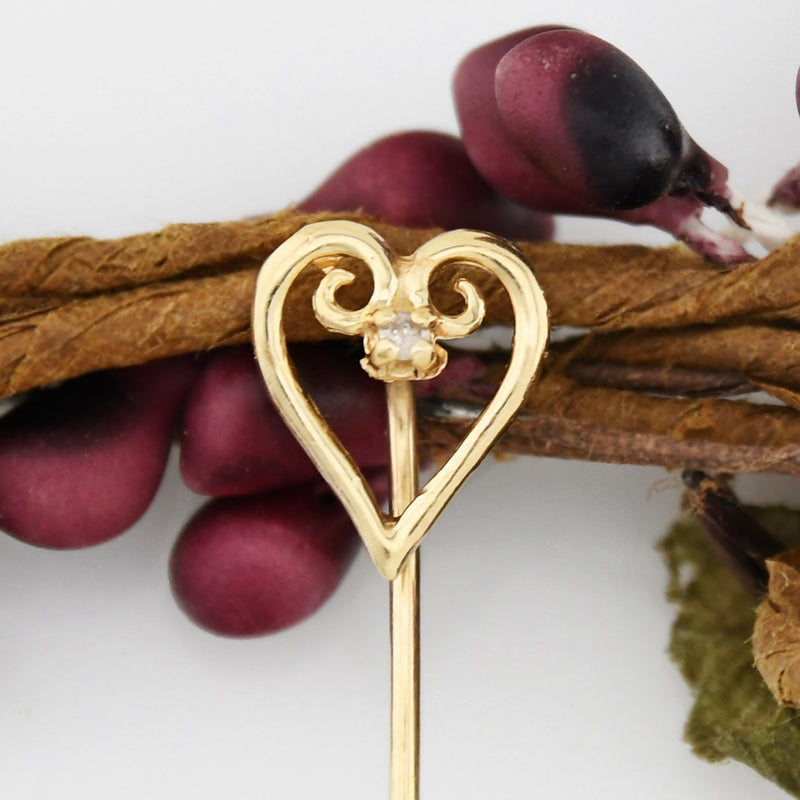 14k Yellow Gold Estate Diamond Heart Stick Pin