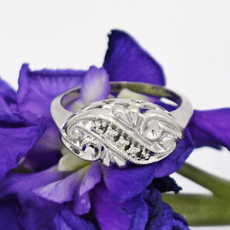 14k White Gold Antique Ornate Diamond Ring Size 5.5