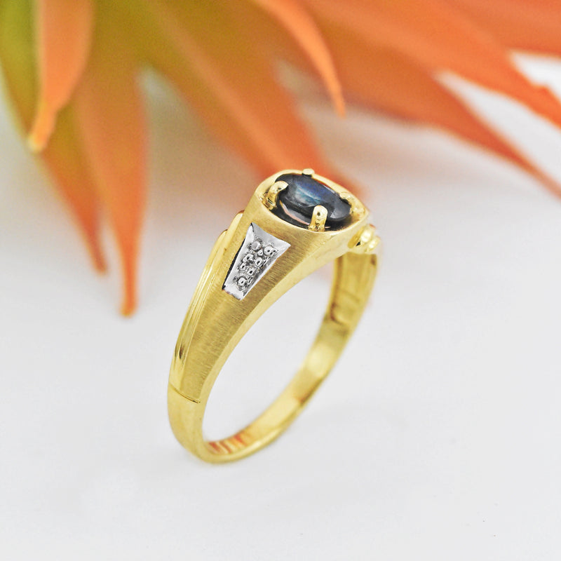 10k Yellow Gold Estate Textured Sapphire & Diamond Ring Size 12