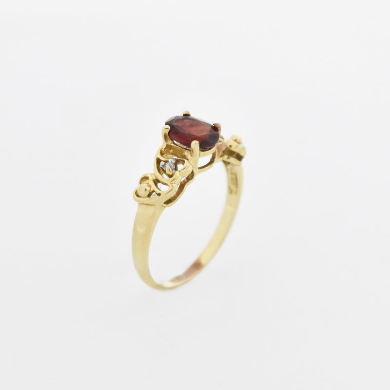 10k Yellow Gold Estate Garnet & Diamond Heart Design Ring Size 7